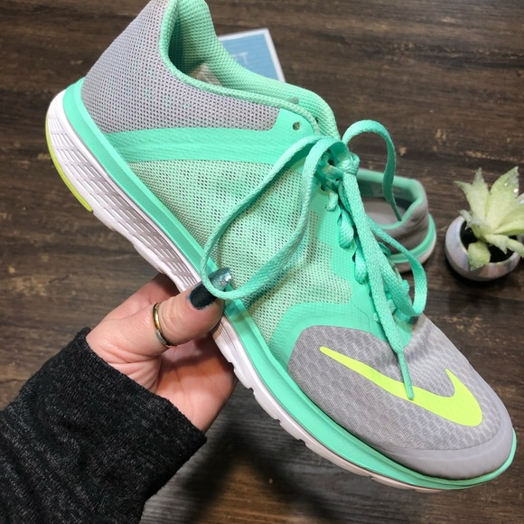 buy popular 7045a cd6ad Nike FS Lite Run 3 Running Shoe Volt/Gray Size 9.5
